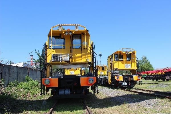 STM has supplied 19 units of track maintenance vehicles to the Navoi Mining and Metallurgical Combinat in Uzbekistan